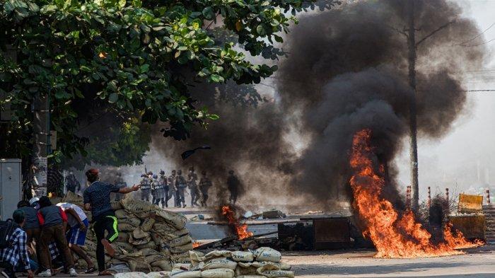 Korban Tewas Hampir 250 Orang, Perlawanan Terhadap Kudeta Militer Myanmar Terus Berlanjut
