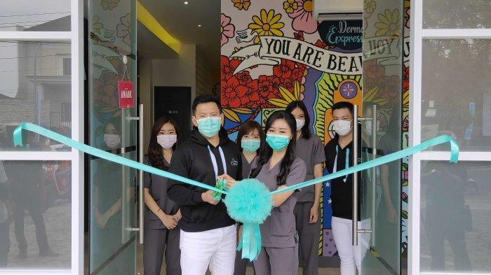 Klinik kecantikan Derma Express membuka cabang pertamanya di luar Jakarta, yakni di Jalan R.A. Kartini no 54, Kota Semarang. Klinik kecantikan ini diklaim menjadi yang terjangkau namun dengan hasil perawatan yang mewah.