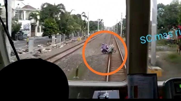 Kisah Ajaib di Balik Tukang Rosok Pak Korlianto Selamat Dihantam KRL Solo-Jogja, Sempat Duduk di Rel