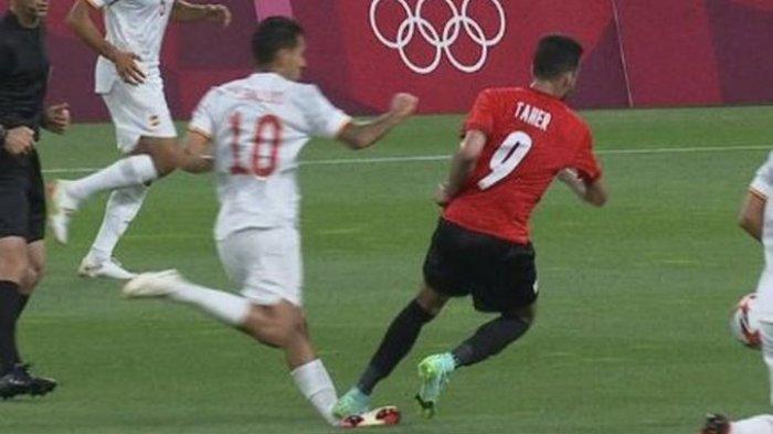 Detik-detik Tekel Brutal di Olimpiade Tokyo 2020 Spanyol vs Mesir, Kaki Dani Ceballos Tampak Bengkok