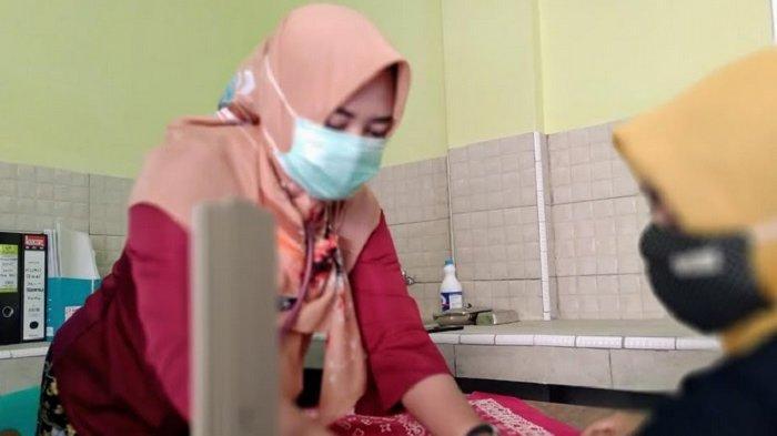 Kisah Suka Duka Bidan Desa Saat Pandemi Melanda Tetap Layani Masyarakat Meski sering Dihujat