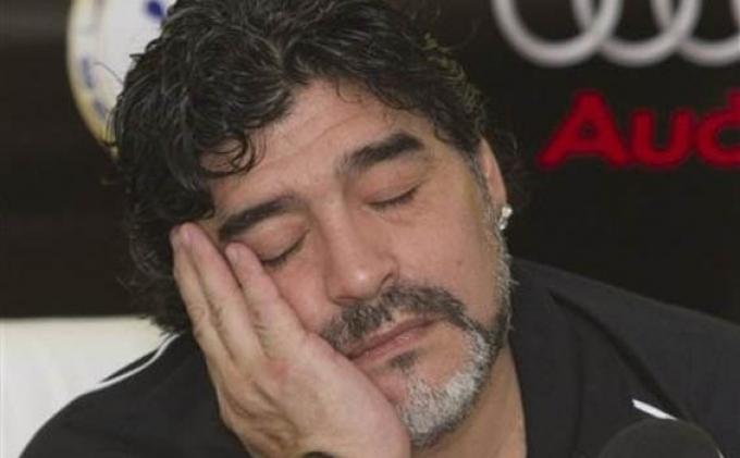 Makam Maradona Dijaga 200.000 Polisi untuk Cegah Perampokan Jasad Sang Legenda