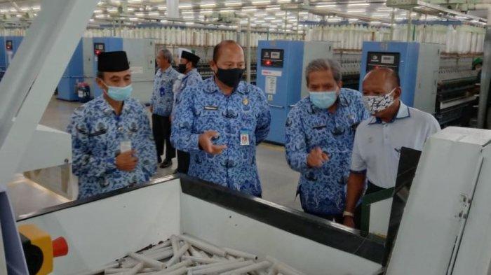 Disdagnakerkop UKM Karanganyar Terima Aduan dari Puluhan Pekerja di Empat Soal Pesangon