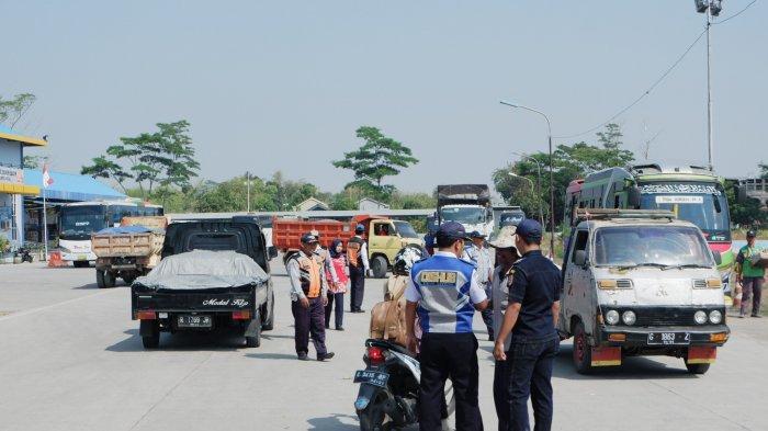 Pertigaan Yomani Kabupaten Tegal Jadi Tempat Mangkal Bus, Dishub Akan Bangun Shelter