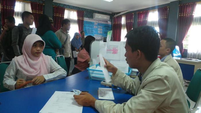 DATA TERKINI, Jumlah Penduduk Indonesia 257,9 Juta, yang Wajib KTP 182,5 Juta