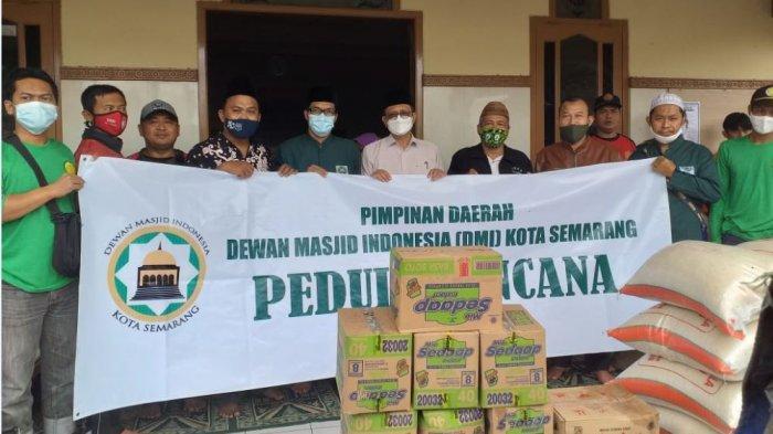 DMI Kota Semarang Bagikan Sembako Ringankan Beban Warga Terdampak Banjir