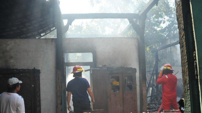 Terjadi Kebakaran Rumah di Pati Hari Ini