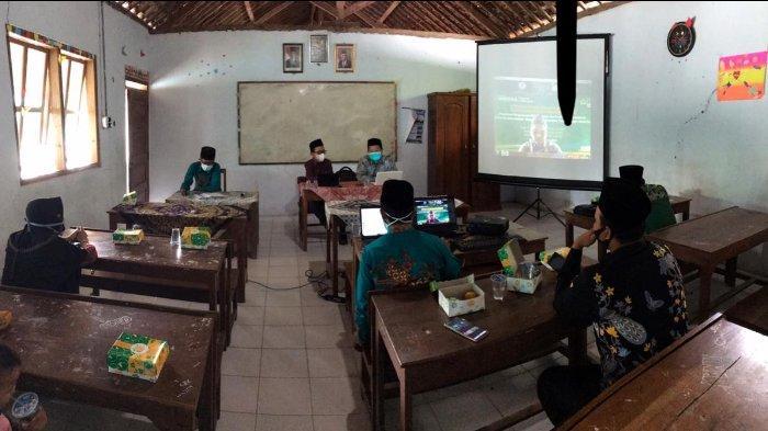 FAI Unissula Semarang Ajari Trik Penyusunan RPP Format Terbaru Satu Lembar