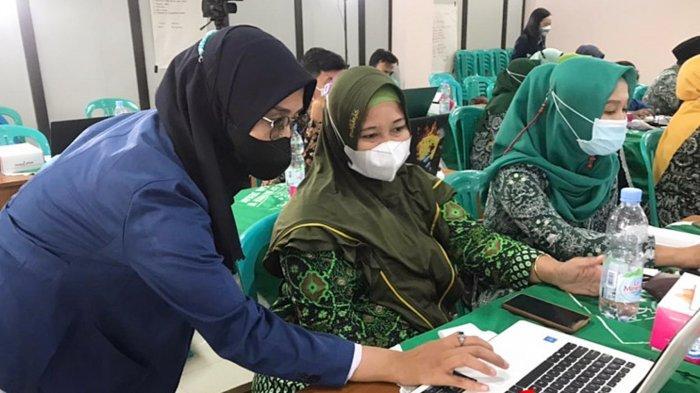 Dosen FTIK USM Semarang Berikan Pelatihan Pengembangan Video Bagi Guru LP Ma'arif Demak