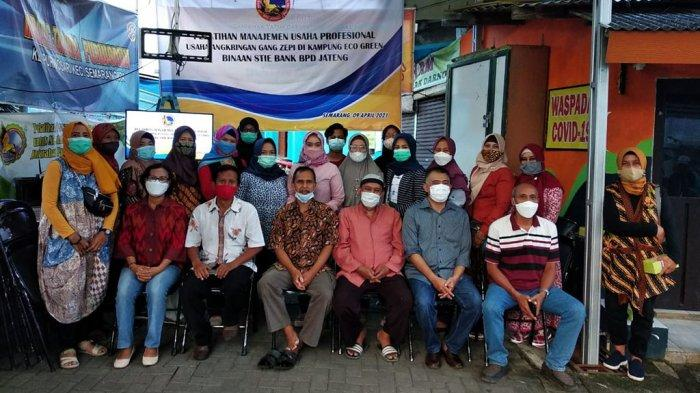 Dosen STIE Bank BPD Jateng Gelar Pelatihan Manajemen Usaha di Kelurahan Binaan Eco Green