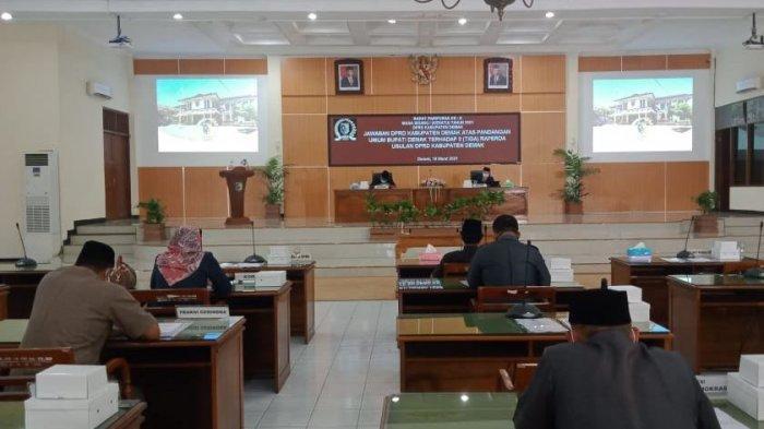 DPRD Demak Sampaikan Jawaban Atas Pandangan Bupati Terkait 3 Raperda