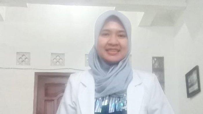 Bantu Warga Isoman di Banyumas, dr Mey Dian Intan Sari Berikan Konsultasi Gratis Secara Online