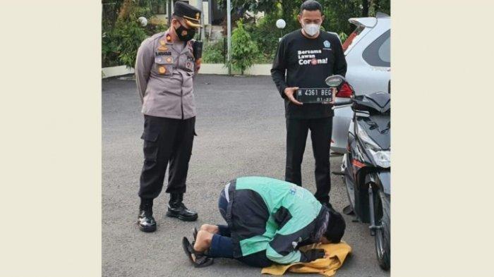 Driver Ojol Semarang Sujud Syukur di Depan Motor, Kapolsek: Saking Gembira