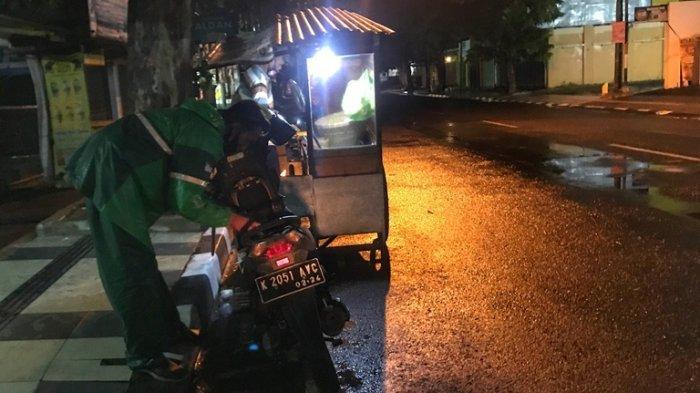 Cerita Driver Ojol saat Penerapan PKM di Semarang: Warung Tutup Lebih Awal, Banyak Pesanan Batal