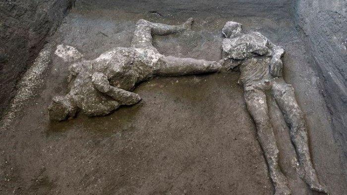 Ditemukan 2 Jasad Warga Pompeii Berusia 2.000 Tahun Terkubur Vulkanik Letusan Gunung Berapi