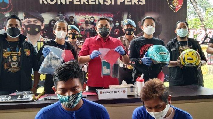 2 Penjambret HP di Semarang Beraksi Hingga Membuat Wanita Ini Terpelanting dan Terseret 50 Meter