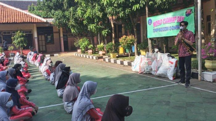 Duta Pepeling Asih Jateng: 1 Blok Paving Perlu 1 Karung Sampah Plastik, Ayo Memilah Sampah