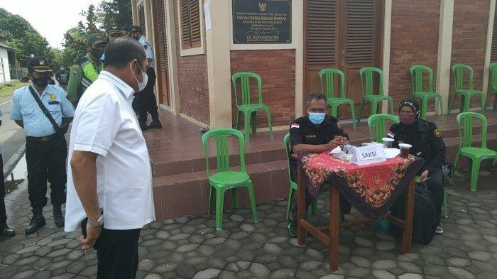 Rudy Murka Pergoki Saksi Bajo di TPS 18 Ternyata dari Kudus: Saya Cuma Melindungi Warga