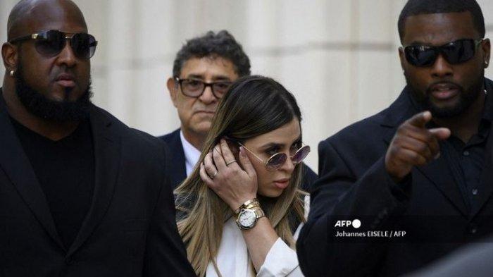 Istri El Chapo Gembong Narkoba Meksiko Ditangkap di Bandara AS