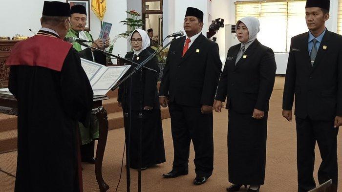 Empat Pimpinan DPRD Kabupaten Pekalongan Dilantik, Bupati Asip Kholbihi: Semoga Amanah