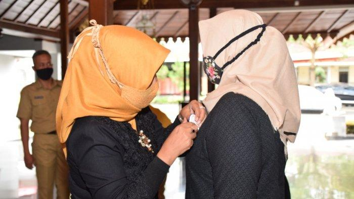 Tingkatkan Minat Baca Masyarakat di Banyumas, Erna Husein Kukuhkan Bunda Literasi Kecamatan