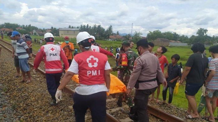 Pria Kebumen Tewas Tertabrak Kereta Api Kutojaya, Sempat Tiduran di Rel