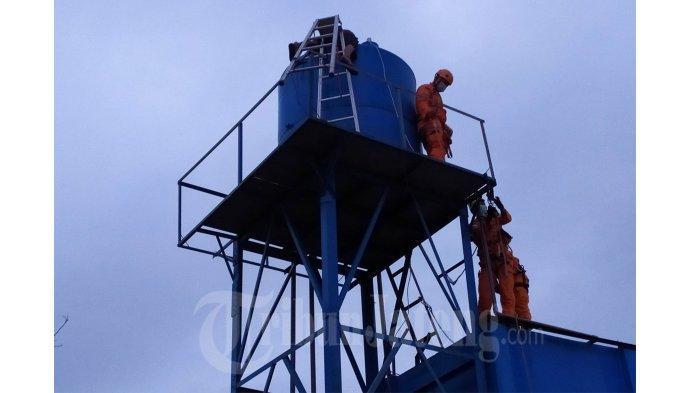 Kilatan Petir Merenggut Nyawa Arifin Ketika Perbaiki Tandon Pamsimas Warga Mijen Semarang