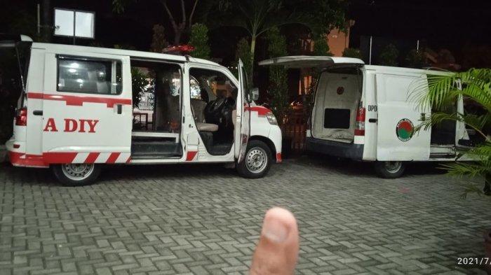 Sopir Relawan Ungkap Fakta Ambulans Kosong Masuk Kampung Bunyikan Sirine