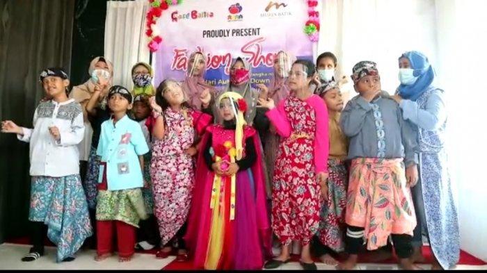 Fashion Show Anak-anak Difabel di Kudus Peringati Hari Peduli Autism