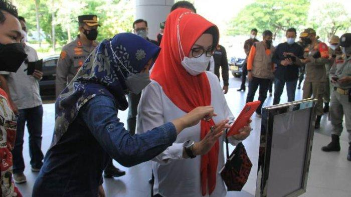 Sidak Bupati Sukoharjo, The Park dan Hartono Mall Cek Pengunjung Pakai Peduli Lindungi
