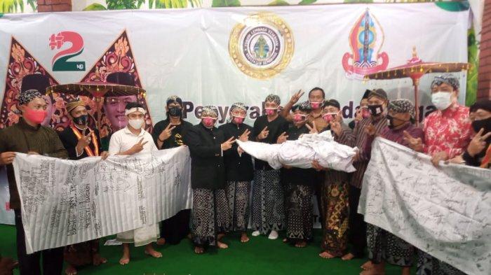 Ultah ke-50, Cabup Semarang Ngesti Nugraha Diberi Hadiah 75 Ribu Tanda Tangan Dukungan