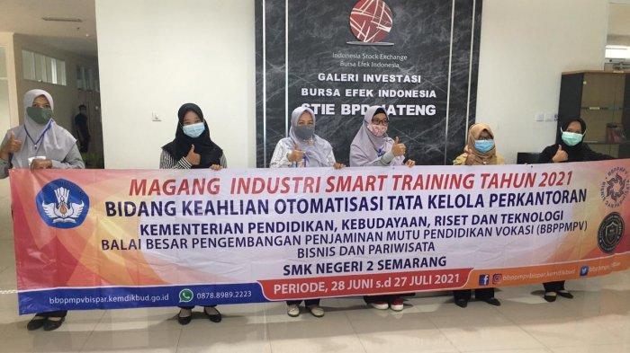 4 Guru SMK Ikuti Magang Industri Smart Training di STIE Bank BPD Jateng
