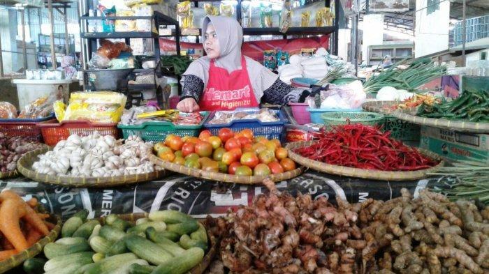 Pedagang di Pasar Trayeman Slawi Keluhkan Kondisi Sepi Pembeli di Awal Ramadan: Beda dengan Dulu
