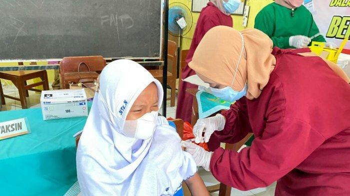 Dedy Yon Targetkan Akhir September Capaian Vaksinasi di Kota Tegal Sudah 90 Persen