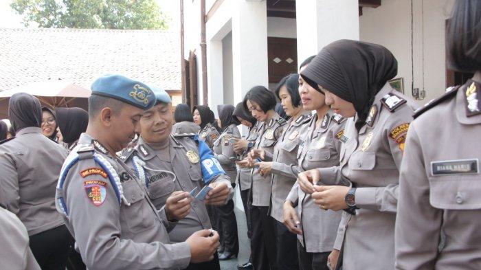 70 Polwan Polres Semarang Mendadak Diperiksa Provost, Ada Apa?