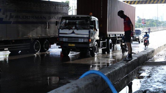 Banjir Semarang Mulai Surut, Ganjar Minta Kali Babon Dinormalisasi: Dikebut Kalau Bisa