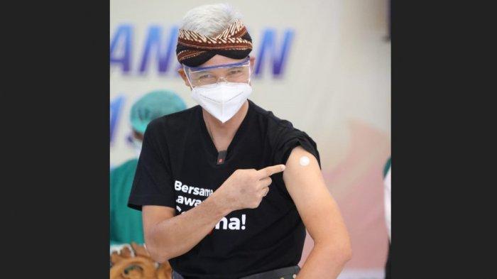 Gubernur Ganjar Pranowo Ungkap Kendala Percepatan Vaksinasi di Jateng