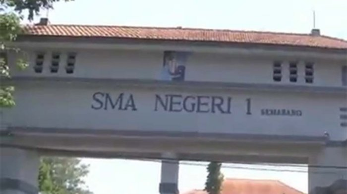 SMAN 1 Semarang Keluarkan Dua Aktivis OSIS Gara-gara Ini
