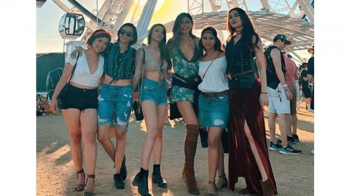 Gaya Bohemian Luna maya dan gengnya di acara  Coachella 2019 Festival Fashion