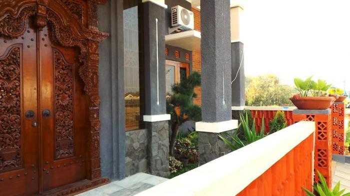 Tips Pilih Model Pintu Sesuai Luas Tempat Dan Konsep Rumah - Tribun Jateng