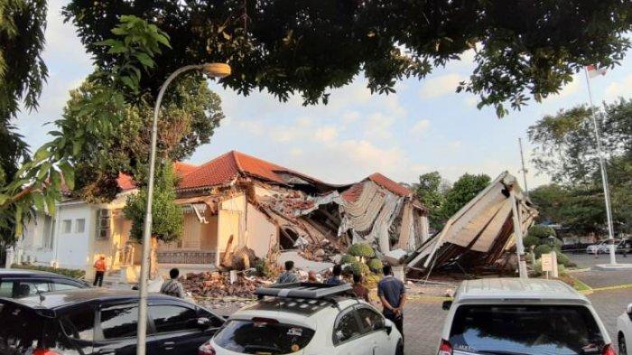 Kantor OJK Semarang yang Roboh Itu Istana Balekambang Gergaji Peninggalan Oei Tiong Ham
