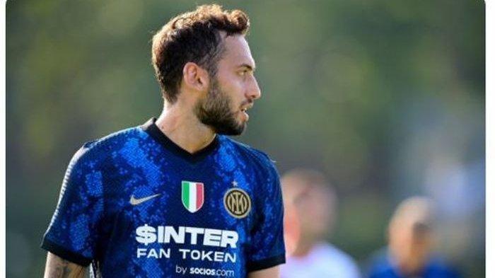 Hakan Calhanoglu Eks AC Milan Cetak Hattrick, Inzaghi: Itu Alasan Inter Milan Rekrut Dia