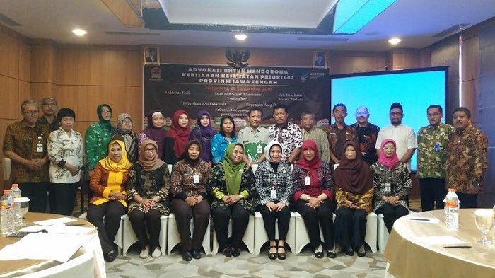 Dinkes Jateng Gandeng Lintas Profesi untuk Advokasi Kawasan Tanpa Rokok