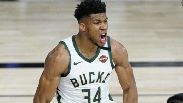 Bucks vs Nets : Giannis Antetokounmpo  dan Middleton Bawa Milwaukee Bucks Menang Tipis 86-83