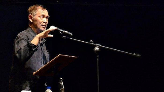 Puisi Matahari Pergi Goenawan  Mohamad