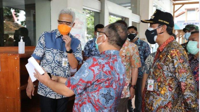 Terjadi Penurunan Kasus hingga 40 Persen, Ganjar Apresiasi Penanganan Covid di Rembang