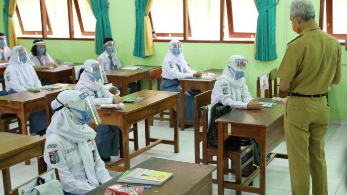 3 Guru SMAN 1 Gondang Sragen Meninggal Terpapar Covid-19, Ganjar: yang Tak Gelar PTM Justru Rawan