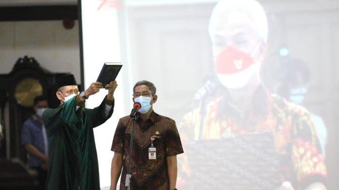 Gubernur Ganjar Pranowo Lantik Sumarno Sebagai Sekda Jateng, Sempat 2 Tahun Kosong