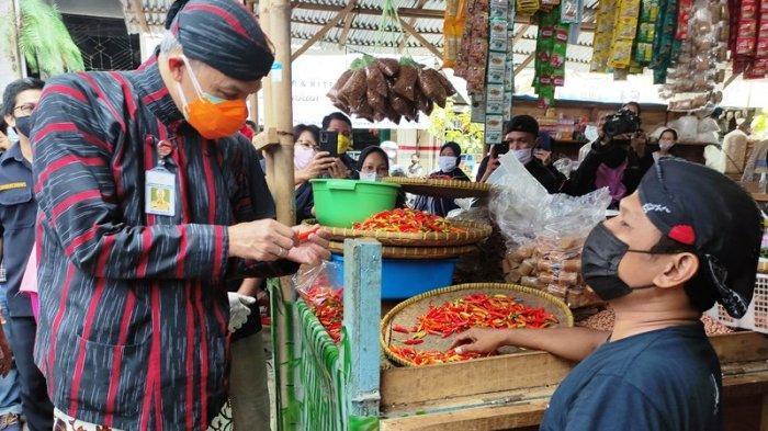 Ganjar Temui Pedagang Pasar Wage Purwokerto Korban Kebakaran, Siapkan Dana 10 Miliar untuk Perbaikan