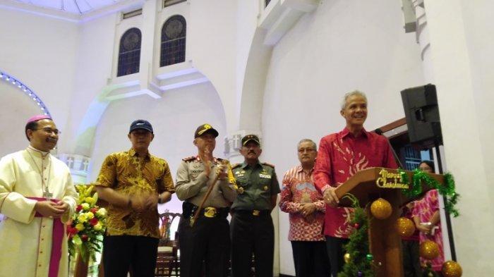 Malam Natal di Gereja Katedral Semarang, Ini Pesan Uskup Agung Robertus Rubiyatmoko